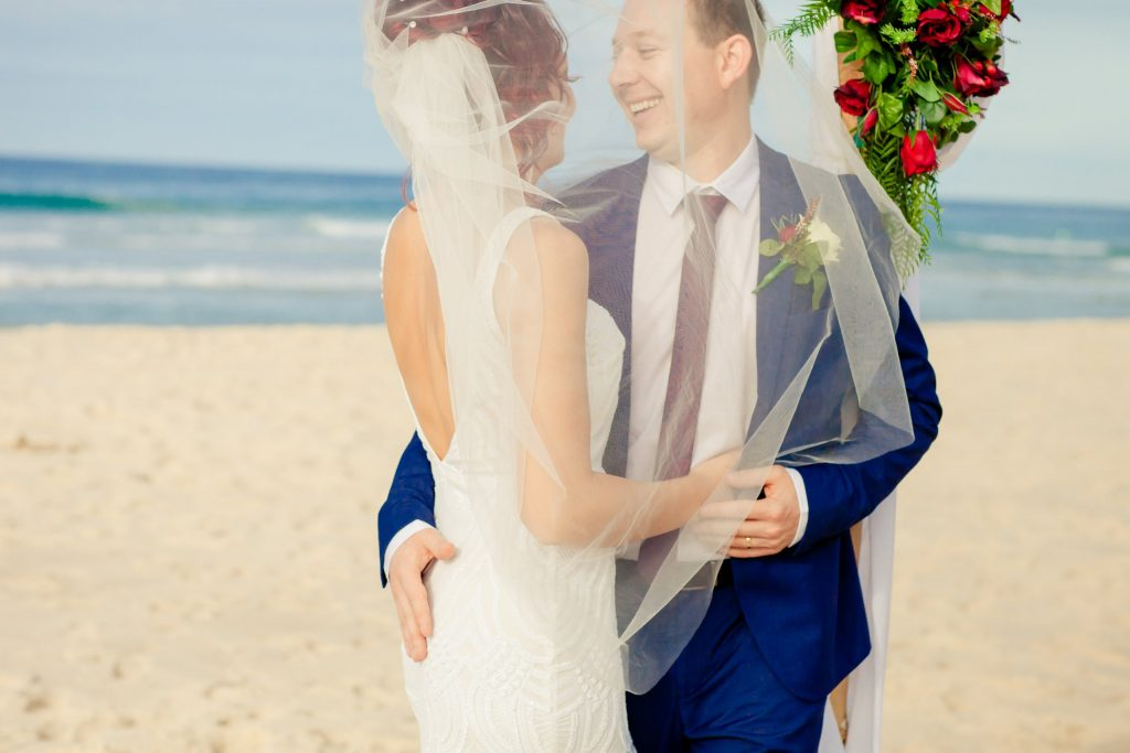 Gold Coast beach wedding ceremony